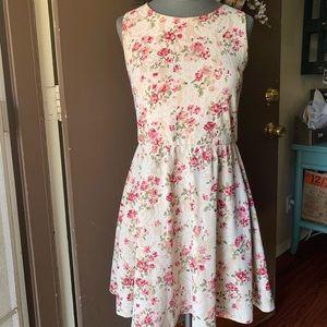 Vintage style lace floral dress  size M